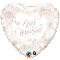 Just Married Herz roses